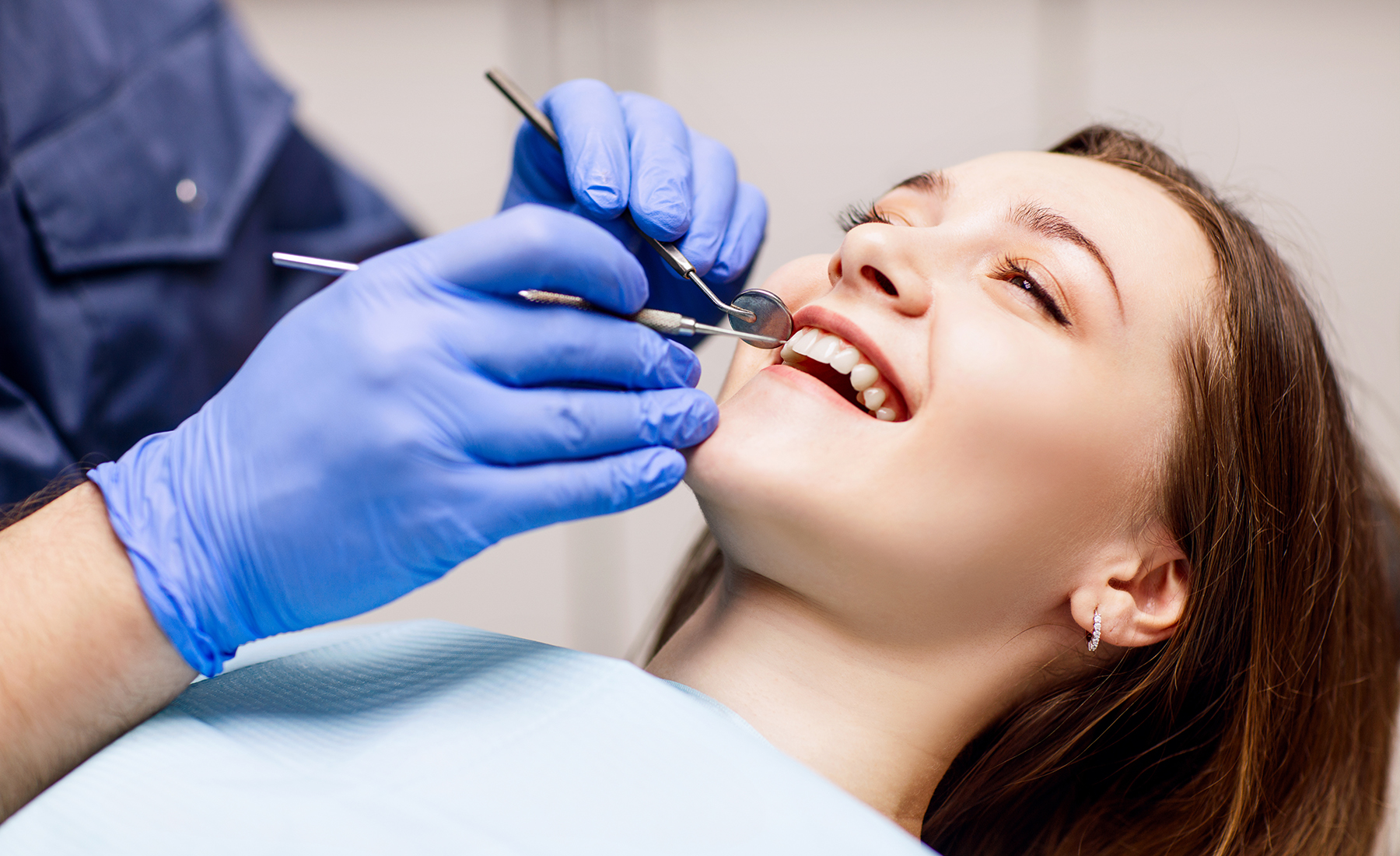 Dentist,Check-up,Teeth,To,Young,Woman,Patient,In,Clinic.